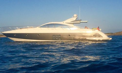 Image of Azimut Yachts 68 S for sale in Spain for €580,000 (£500,112) Spain
