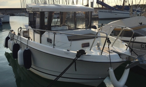 Image of Jeanneau Merry Fisher 795 Marlin for sale in France for €55,000 (£50,229) GRANVILLE, , France