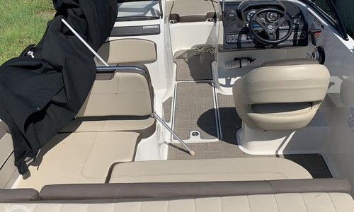 Image of Bayliner VR5 for sale in United States of America for $33,500 (£25,099) Cape Coral, Florida, United States of America