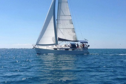 Bavaria 36 for sale in Spain for €60,000 (£51,654)