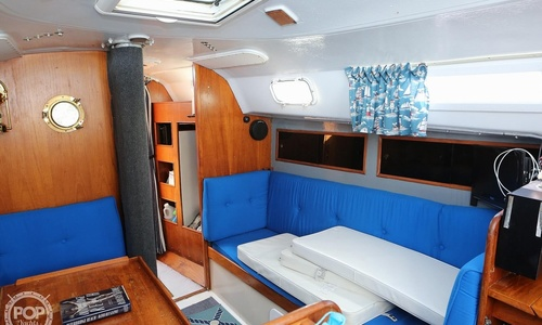 Image of C & C Yachts 35 Mark II for sale in United States of America for $18,900 (£13,535) Cos Cob, Connecticut, United States of America