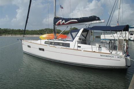 Beneteau Oceanis 38 for sale in Belize for $179,000 (£130,626)