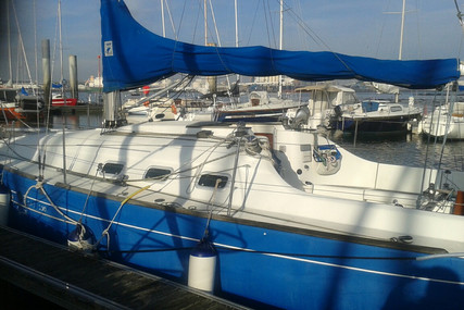 Beneteau First 300 Spirit for sale in France for €29,900 (£27,306)