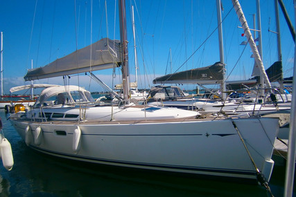 Jeanneau Sun Odyssey 45 for sale in France for €140,000 (£127,855)