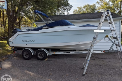 Robalo R 227 for sale in United States of America for $66,200 (£51,329)