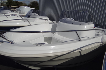 Jeanneau Cap Camarat 5.5 CC for sale in France for €32,700 (£28,243)