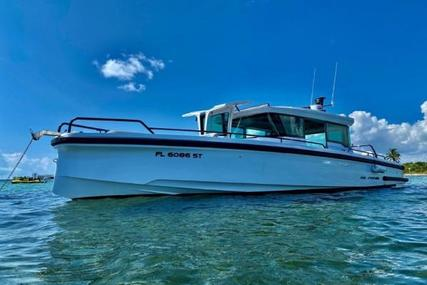 Axopar 37 XC CROSS CABIN for sale in United States of America for $318,500 (£246,951)