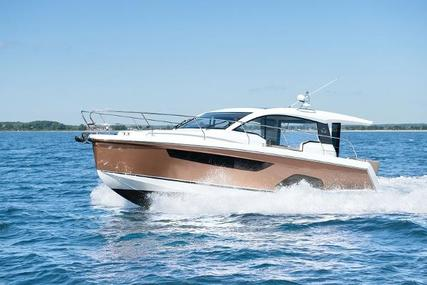 Sealine C335 for sale in United Kingdom for £277,347