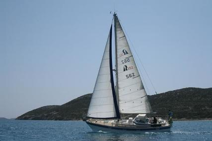 Hallberg-Rassy 352 for sale in Greece for €84,000 (£72,460)