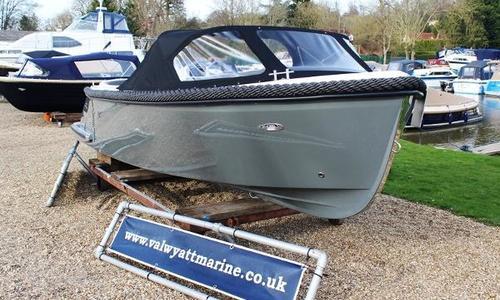 Image of Corsiva 595 Tender for sale in United Kingdom for £16,750 Wargrave, United Kingdom