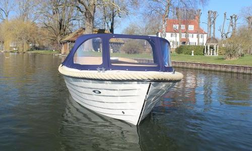 Image of Corsiva 520 for sale in United Kingdom for £13,500 Wargrave, United Kingdom