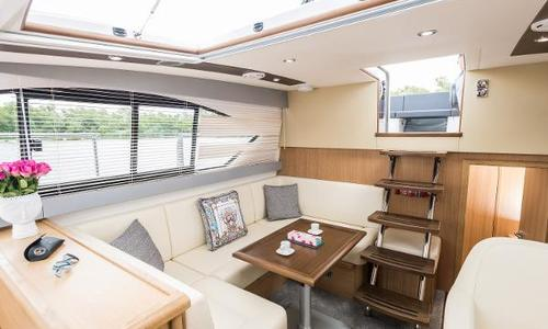 Image of Haines 320 Aft Cabin for sale in United Kingdom for £242,400 Wargrave, United Kingdom
