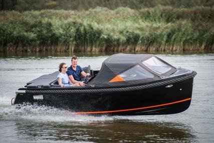 Maxima 600 for sale in United Kingdom for £17,995