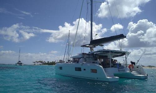 Image of Lagoon 42 for sale in Martinique for €410,000 (£355,992) Martinique