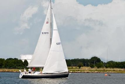 Dehler 39 for sale in United States of America for $125,000 (£90,360)