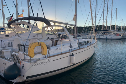Beneteau Oceanis 35.1 for sale in Spain for €149,500 (£133,032)