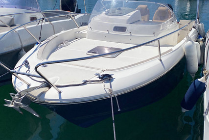 Jeanneau Cap Camarat 7.5 WA for sale in France for €30,000 (£27,398)