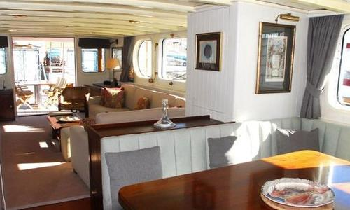 Image of OCEA Commuter 108 for sale in Spain for €1,690,000 (£1,442,299) Spain