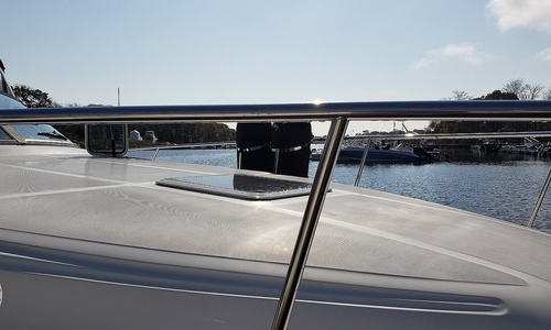 Image of Sea Ray 340 Sundancer for sale in United States of America for $79,900 (£56,936) Pawcatuck, Connecticut, United States of America