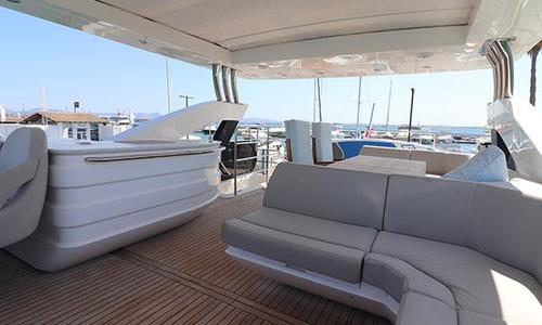 Image of Sunseeker 75 Yacht for sale in Spain for €2,125,000 (£1,877,656) Mallorca, Spain