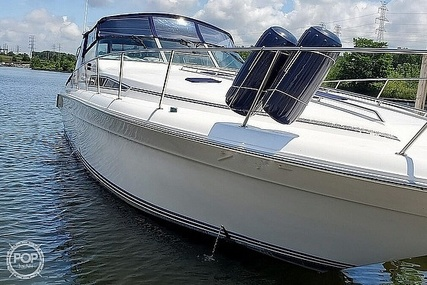 Sea Ray 420 Sundancer for sale in United States of America for $59,900 (£42,684)