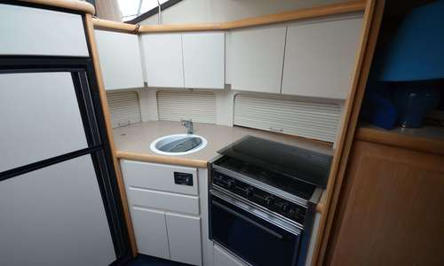 Image of Carver Yachts 390 Aft Cabin for sale in United Kingdom for £77,950 Boats.co., United Kingdom