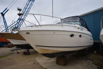 Rinker Fiesta Vee 270 for sale in United Kingdom for £21,500
