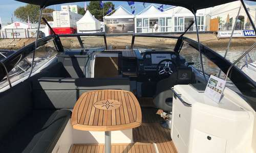 Image of Parker 850 Voyager for sale in United Kingdom for £133,160 Boats.co., United Kingdom