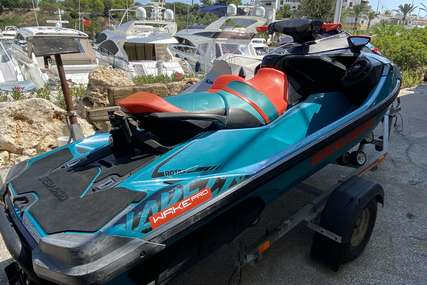 Sea-doo Wake pro 230 for sale in Spain for £12,950