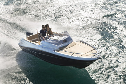 Jeanneau Cap Camarat 5.5 WA for sale in France for €34,300 (£31,324)