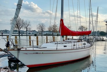 Cal Yachts 39MKIII Tall Rig for sale in United States of America for $43,400 (£31,659)