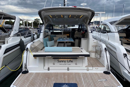 Jeanneau Leader 33 for sale in France for €239,000 (£212,673)