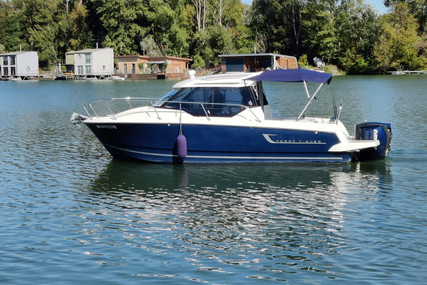 Jeanneau MERRY FISHER 795 LEGENDE for sale in Slovakia for €69,900 (£63,127)