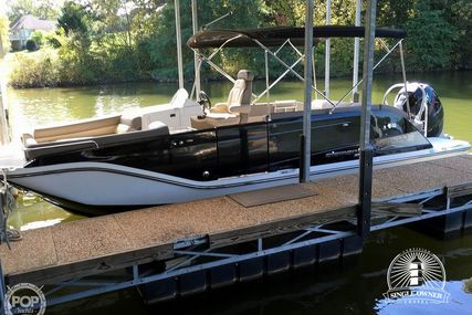 Bayliner Element XR7 for sale in United States of America for $46,000 (£33,765)
