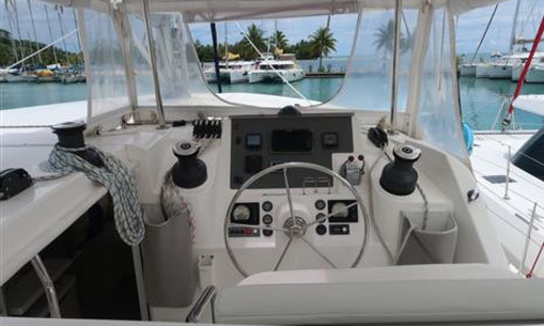 Image of Robertson and Caine Leopard 48 for sale in French Polynesia for €399,000 (£354,594) Raiatea, French Polynesia