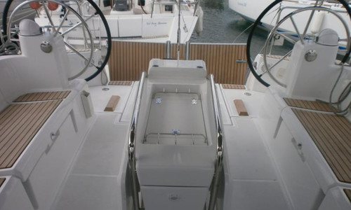 Image of Jeanneau Sun Odyssey 509 for sale in France for €259,000 (£222,947) BANDOL, , France