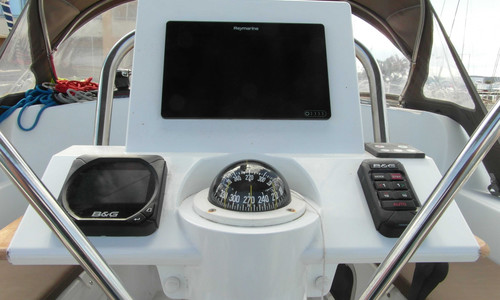 Image of Jeanneau Sun Odyssey 33i for sale in France for €75,900 (£67,533) CAP D'AGDE, , France
