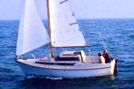 Beneteau Evasion 22 for sale in France for €6,500 (£5,753)
