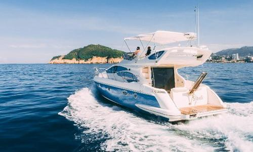 Image of Azimut Yachts 43 for sale in Mexico for $325,000 (£234,937) Acapulco, Mexico