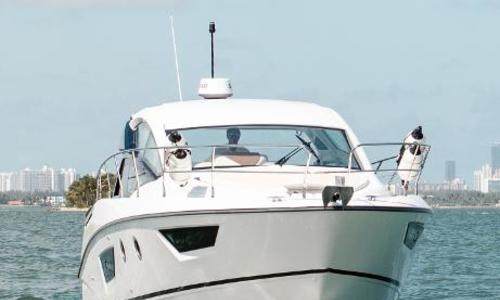 Image of Beneteau Gran Turismo 40 for sale in United States of America for $438,000 (£313,585) Miami, FL, United States of America