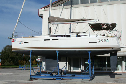 Jeanneau Sun Odyssey 409 for sale in Italy for €79,000 (£70,227)