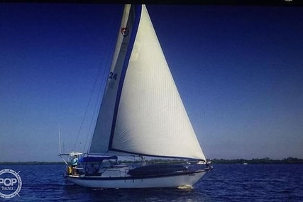 Columbia 38 for sale in United States of America for $21,900 (£16,075)