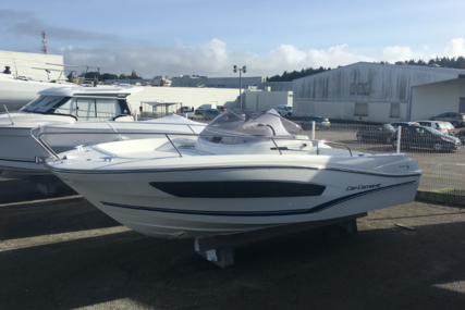 Jeanneau Cap Camarat 7.5 WA for sale in France for €41,200 (£36,466)