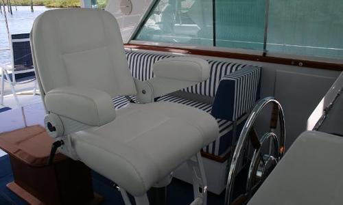 Image of Chris-Craft COMMANDER SEDAN for sale in United States of America for $149,000 (£107,710) Bay Harbor, MI, United States of America
