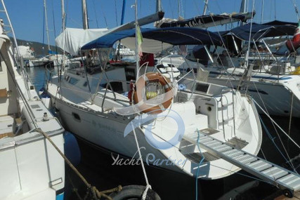 Jeanneau Sun Odyssey 37.2 for sale in Italy for €55,000 (£48,971)
