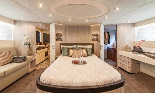 Image of Fairline Squadron 74 for sale in Spain for €649,000 (£562,640) Barcelona, Spain