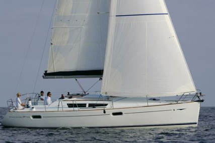 Jeanneau Sun Odyssey 39i for sale in Italy for €88,000 (£75,509)