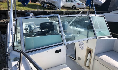 Image of Wellcraft 23 sports fisherman for sale in United States of America for $18,000 (£12,899) Freeport, New York, United States of America
