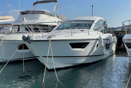 Beneteau Gran Turismo 40 for sale in France for €270,000 (£233,197)