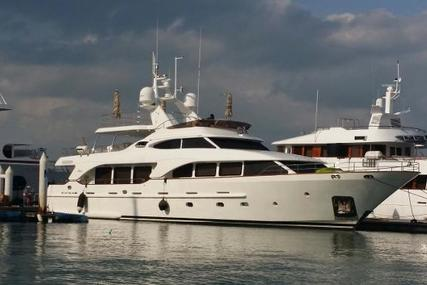 Benetti Tradition 100 for sale in Thailand for $5,000,000 (£3,752,683)